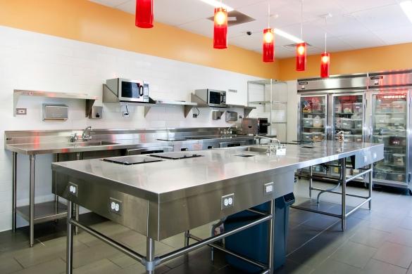 Coolest hostel in Chicago - huge renovation, very modern